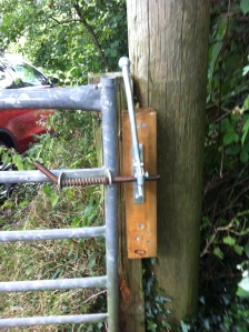 Hunter Latch fitted on the bridleway to replace rope used to tie the gate